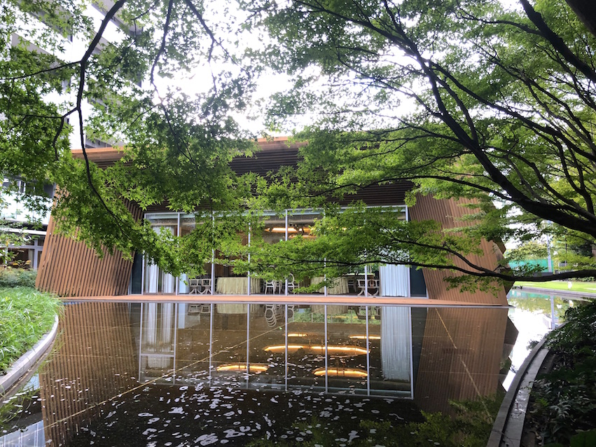 フォレストインフォレスト ― 隈研吾建築…東京都原宿の庭園。 | 庭園 ...