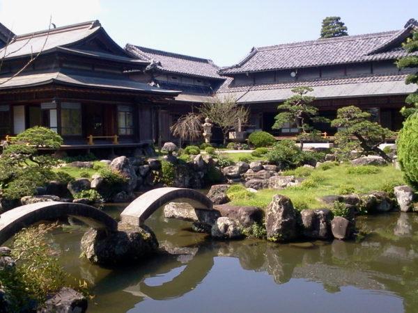 旧藏内氏庭園