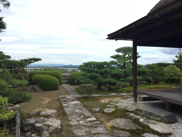 居初氏庭園(天然図画亭)