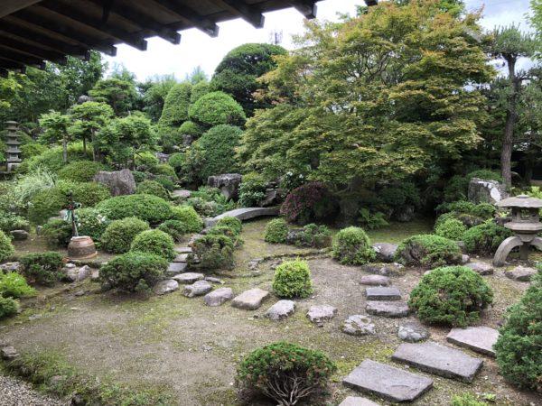 真教寺庭園