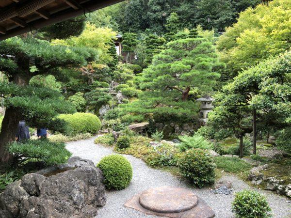 旧邸御室庭園