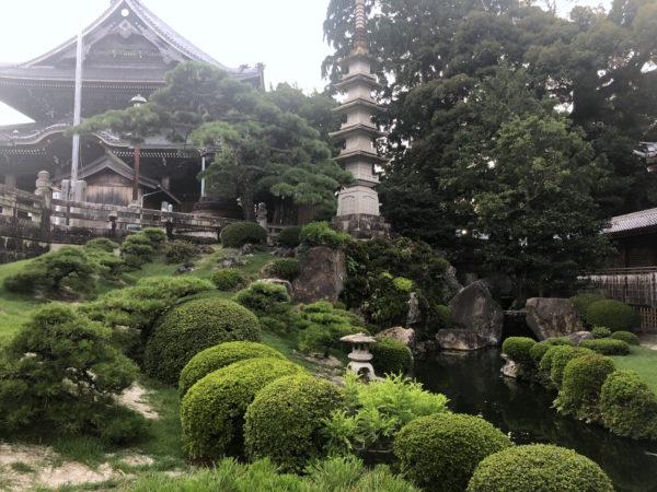 妙厳寺庭園(豊川稲荷)