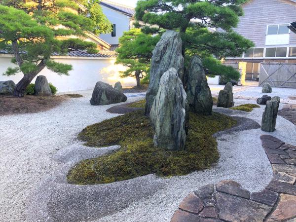 田勇機業(たゆう)庭園(田茂井邸庭園)