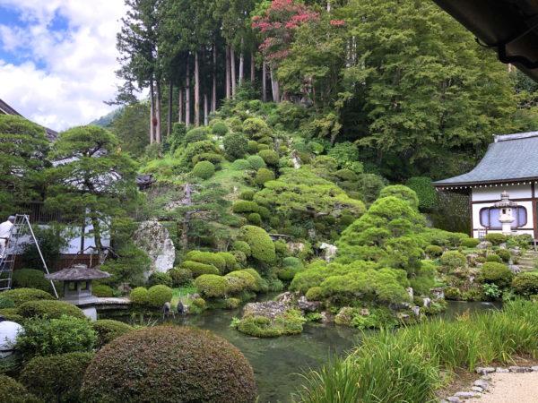 久遠寺庭園(水鳴楼前庭)