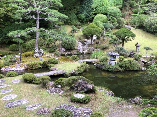 普門院庭園