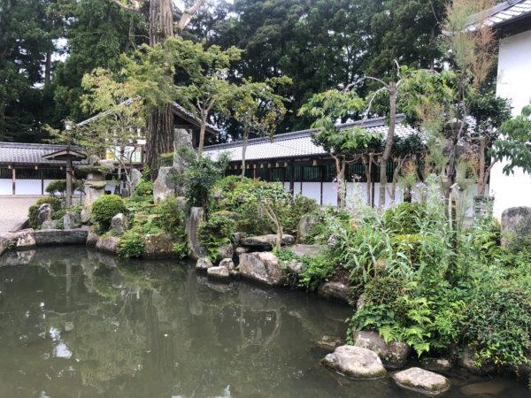 沙沙貴神社庭園