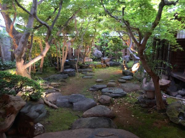 ゲストハウス鯉屋庭園