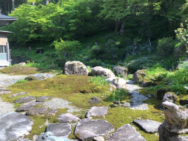 朝日寺庭園