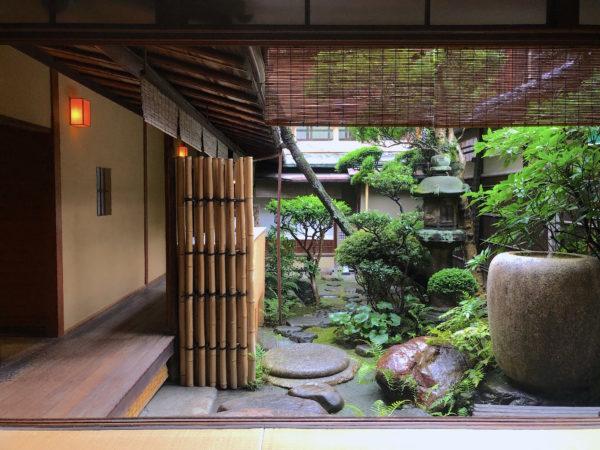 旅館花屋庭園