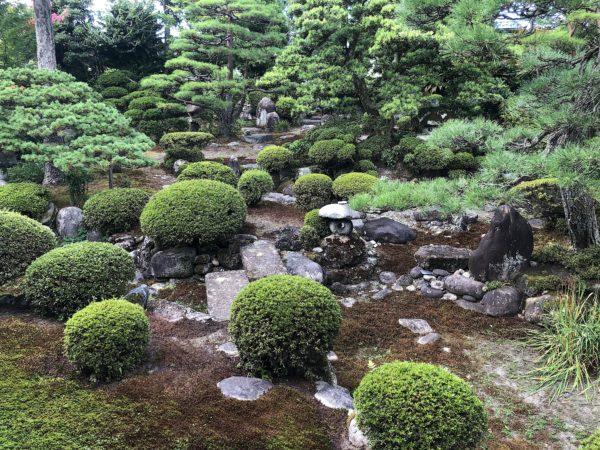西徳寺庭園