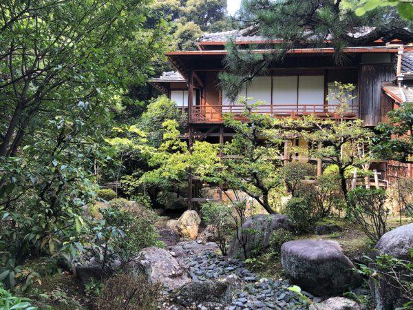 東山荘庭園