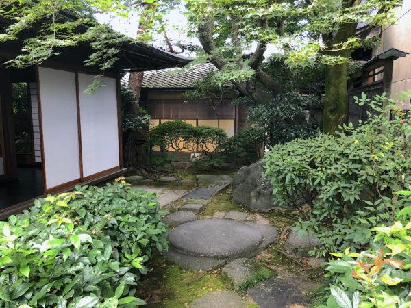 旧長谷川治郎兵衛家庭園