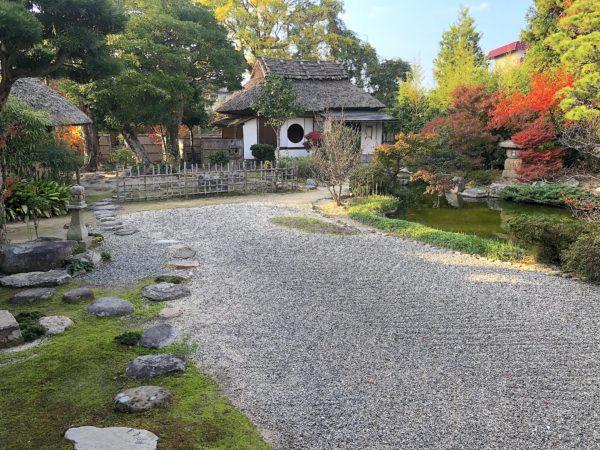 普門院・観月庵庭園