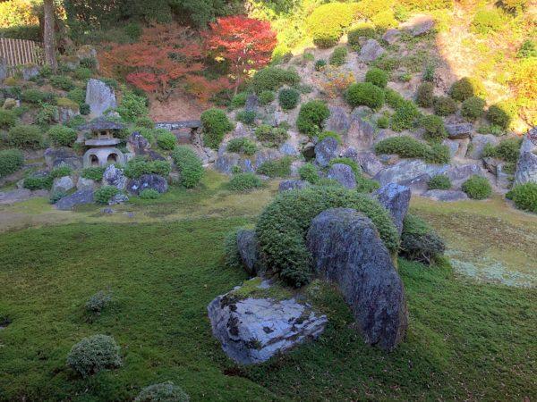 華蔵寺庭園