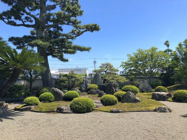 瑞龍山 宝珠寺庭園「涅槃の庭」