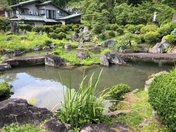 円城寺庭園(殿円城寺)