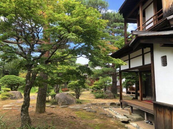 高山陣屋庭園